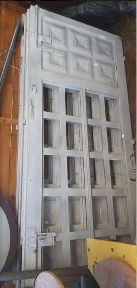 Portón Metálico Exterior