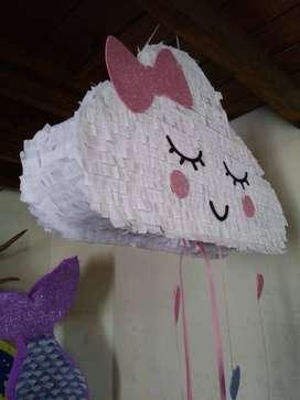 Piñata nube