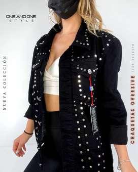 Nueva chaqueta negra oversize con taches importada