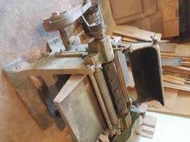 vendo 2 maquinas de carpintería  cepilladora y sierra sin fin