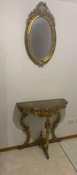 Espejo y Mesa