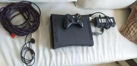Vendo Xbox 360 negro