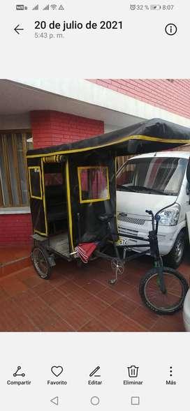 Se vende Bicitaxi a pedal con cupo clínica del occidente