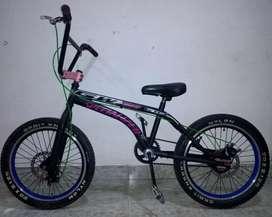 Bicicleta GW cross  Freno Disco 10/10