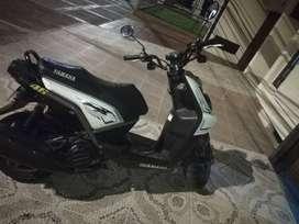 Vendo moto exelente estado biwis