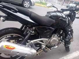 Vendo moto pulzar Ls 220 año 2013