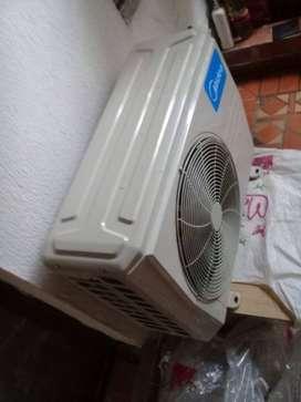 Vendo aire acondicionado ..de segunda..con muy poco uso...