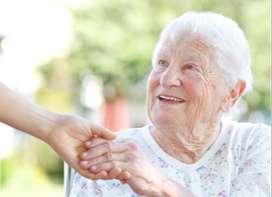 Cuidadora domiciliaria del adulto mayor