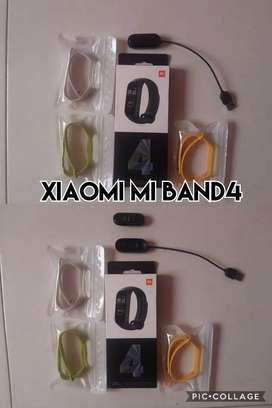 Xiaomi band mi 4 com bandas y protectores