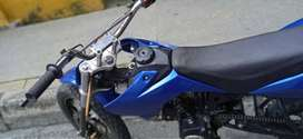 Moto Suzuki 125 como nueva