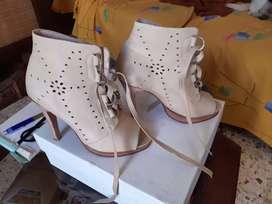 Zapatos cuero num.38 Prune  1 sola postura