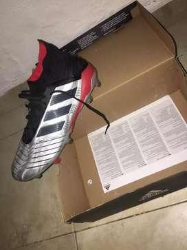 Guayos originales Adidas talla 42