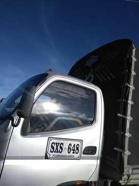 Vendo camión fotón modelo 2013 de estacas doble llanta