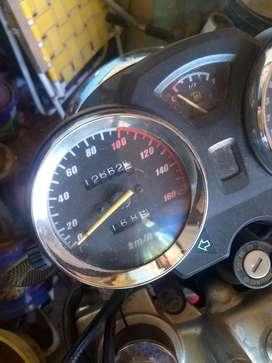 Vendo moto Gilera 250 en muy buen estado