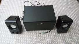 Parlantes Genius SW-S2.1 200.-  2.1 CH Speaker System