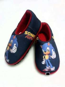 Pantuflas O Babuchas Talla 18 A 33 Sonic Y Otros Personajes