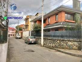 Vendo Casa Grande en Zona Comercial sector ETAPA GAPAL