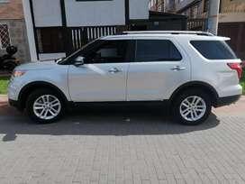 Vendo o permuto ford explorer limited 2015