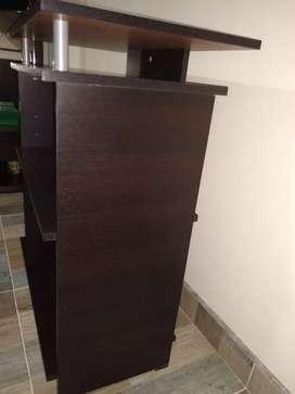 Mueble con compartimentos