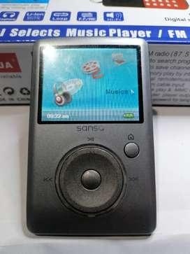 Preproductor MP3 samsik Sansa dice 8 gb fotos video radio grabadora