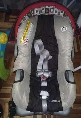 Asiento para carro de bebé