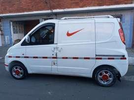 Camioneta de carga sin pico y placa con idraulica aire