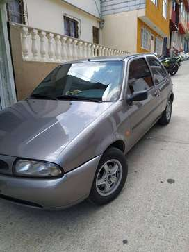 VENDO  FORD FIESTA