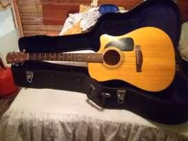 "Guitarra electro acústica ""FENDER"""