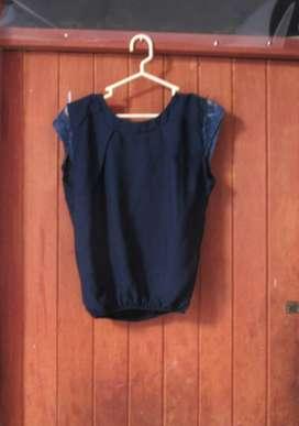 Blusa Azul C/bordado