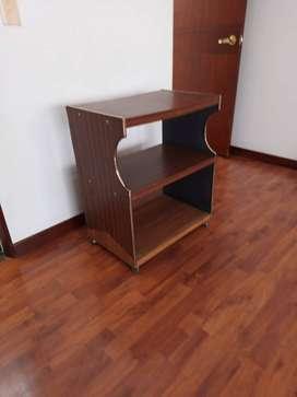 Mesa para televisor o equipo de sonido