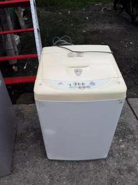 Vendo lavadora LG en buen estado