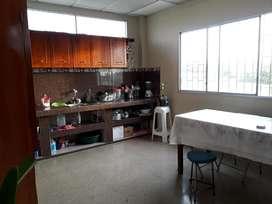Alquilo departamento amplio de 2 dormitorios en Ballenita