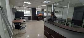 Vendo oficina 75 m2 alquilada en Parque Empresarial Colón norte de Guayaquil