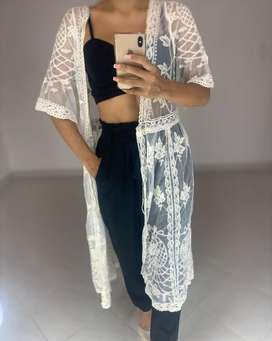 Kimonos blancos
