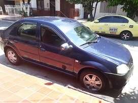 Renault Logan en buenas condiciones