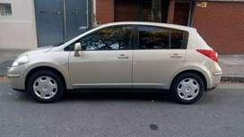 Nissan Tiida NAFTA y GNC. excelente estado,