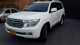 Vendo Toyota Land Cruiser LC200 Imperial
