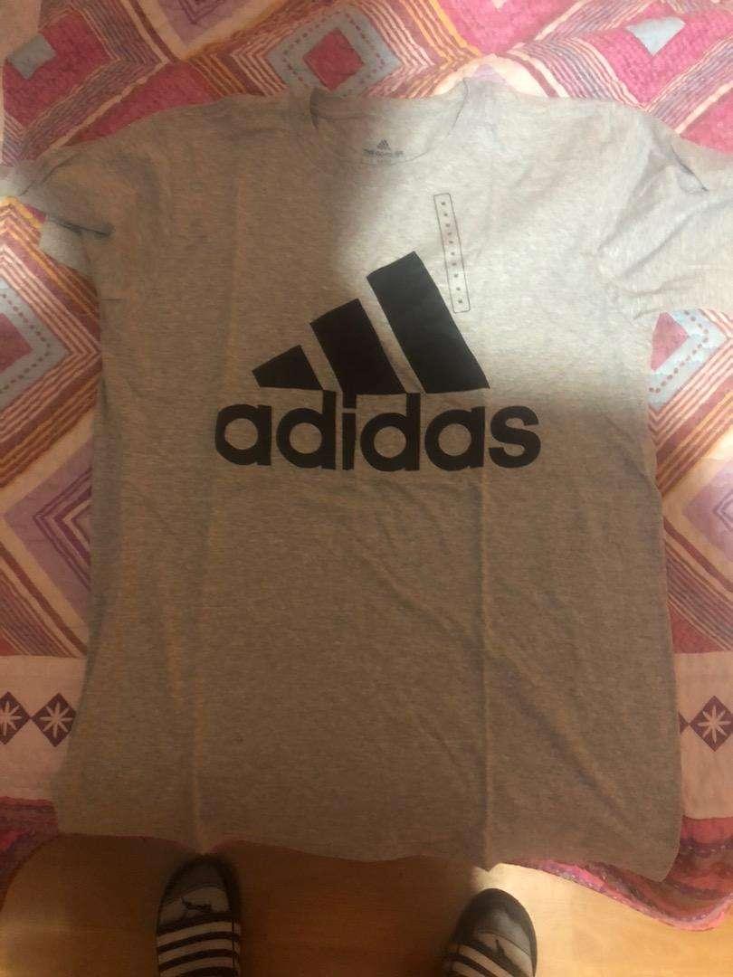 Camiseta adidas 0
