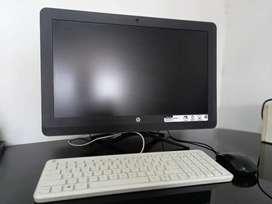 PC TODO EN UNO HP 22