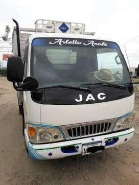 Vendo o cambio camión JAC