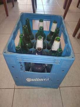 Cajon de cerveza Quilmes con 20 botellas vacias