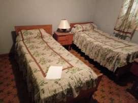 Juego de dormitorio 2 camas completo