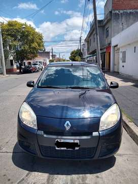 Renault Sandero 1.6 modelo 2013, 105.000km. Aire, dirección, ABS, Airbag delanteros.