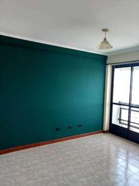 Venta piso lujo cochera asensor de cochera a 1 piso y subsuelo todos los ambientes con puerta balcon piso marmol de carr