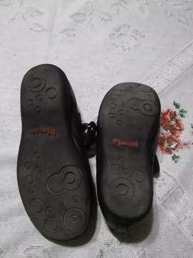 Zapatos colegiales cuero