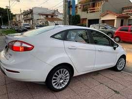 Ford Fiesta Kinetic Design 1.6 Sedan Titanium Powershift 120cv
