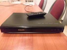 VENDO DVD PHILIPS CON USB