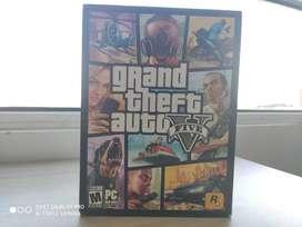 GTA V para Computador. Son 5 DVDS de colección.