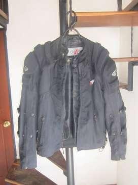 Se vende chaqueta marca JOE ROCKET para motociclistas