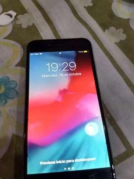 iPhone 6 libre 16gb, tiene una pequeña mancha blanca en la pantalla como se ve en la foto